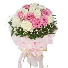 24 pink white roses bouquet