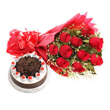 1 kg black forest Cake with 12 Lovely Dutch Roses